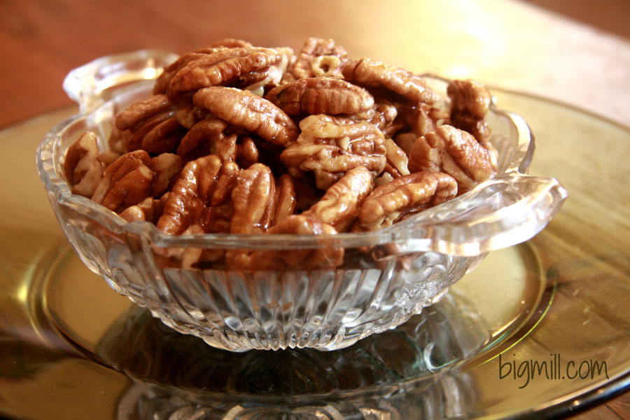 Honey Glazed Pecans are easy to make and make great appetizers for parties any time. Recipe from Chloe at Big Mill | bigmill.com